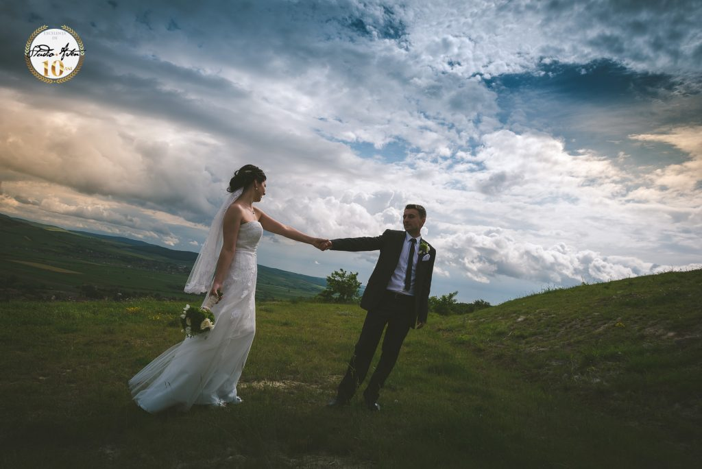 fotograf nunta mures, fotografii de nunta, fotograf profesionist din Tg. Mures, fotograf evenimente privat si corporate, eskuvoi fenykepesz Marosvasarhely Studio Arten