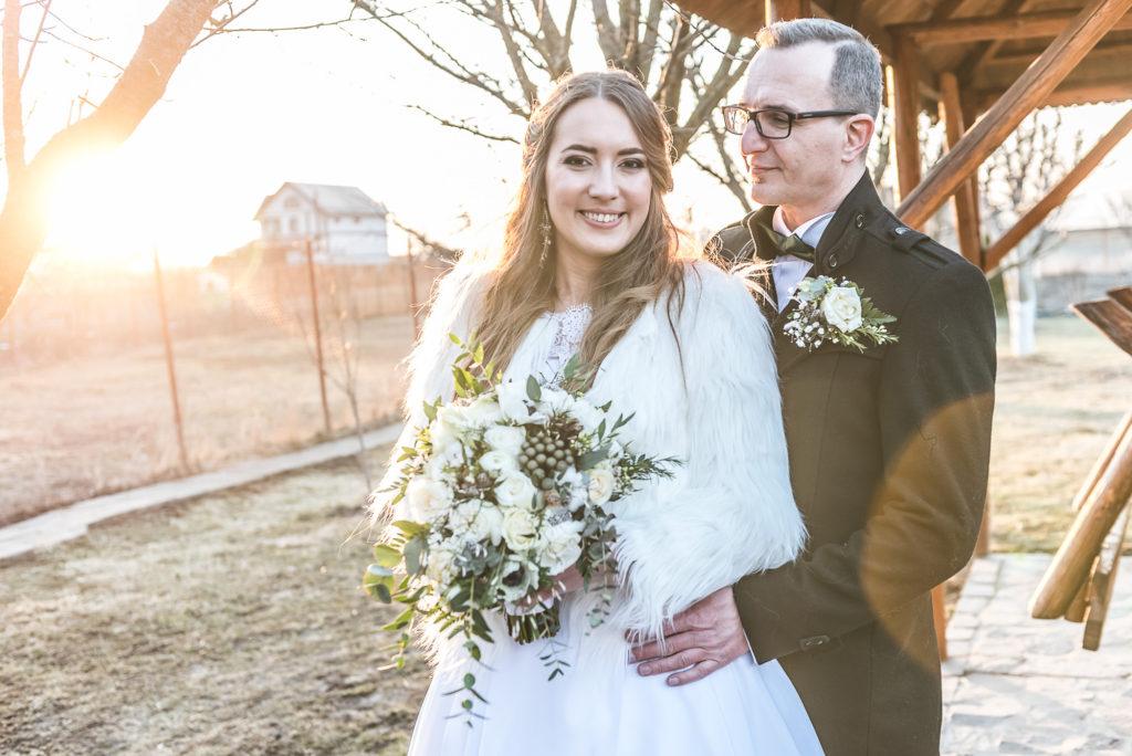 fotografie de nunta, eskuvoi fotozás, esküvő foto,mire, mireasa, naplemente, apus de soare, lumina de iarna,