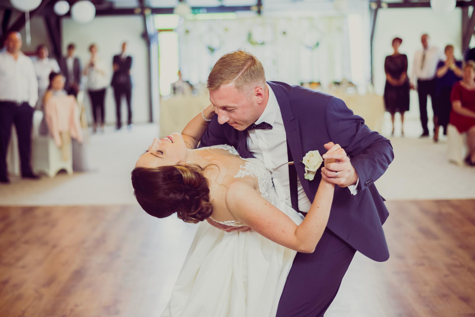 fotografie de nunta, dansul miriilor, korona king ernei,