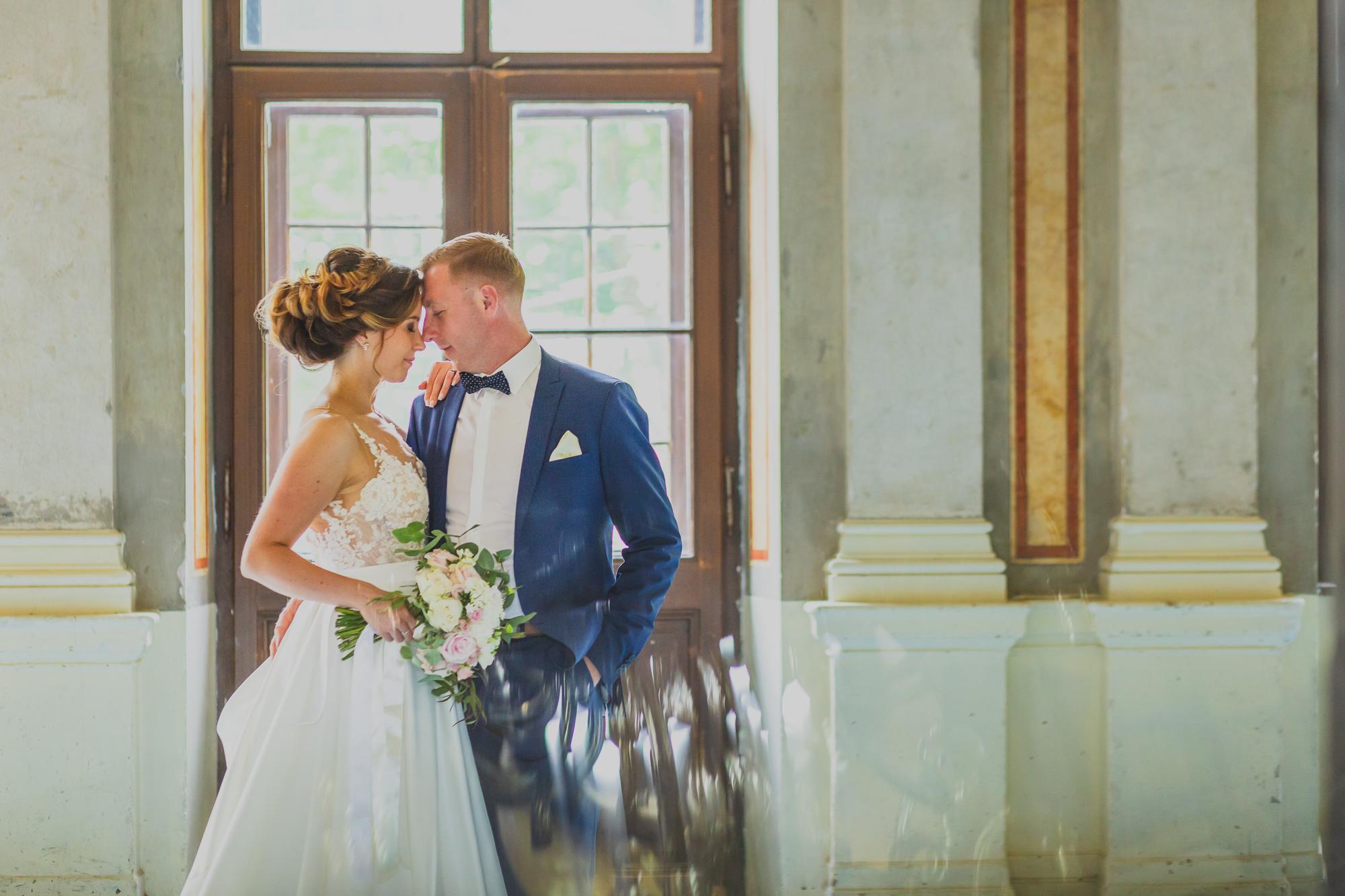fotografie de nunta, fotosedinta de nunta, mire, mireasa, fata in fata,